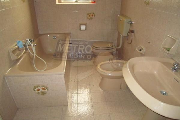 bagno 1°piano - UNIFAM. AUTONOMA THIENE (VI) CENTRO