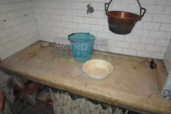 lavello in marmo - RUSTICO LUGO DI VICENZA (VI)