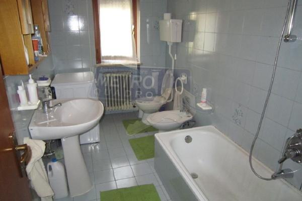 bagno con vasca - APPARTAMENTO CALTRANO (VI) PERIFERIA