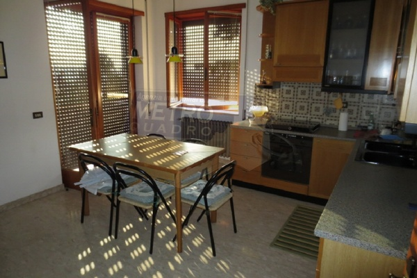 cucina abitabile 1° p. - UNIFAM. AUTONOMA FARA VICENTINO (VI)