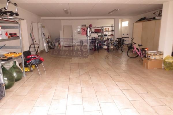 doppio garage - UNIFAM. AUTONOMA ZUGLIANO (VI)