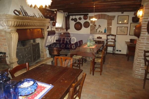taverna 2 - UNIFAM. AUTONOMA ZANè (VI)