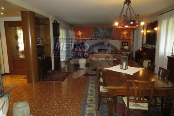 zona soggiorno-salotto - UNIFAM. AUTONOMA ZANè (VI)