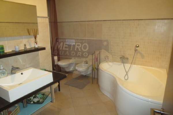 bagno con vasca - APPARTAMENTO THIENE (VI) NORD