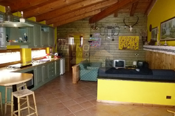 cucina taverna - UNIFAM. AUTONOMA ZUGLIANO (VI)