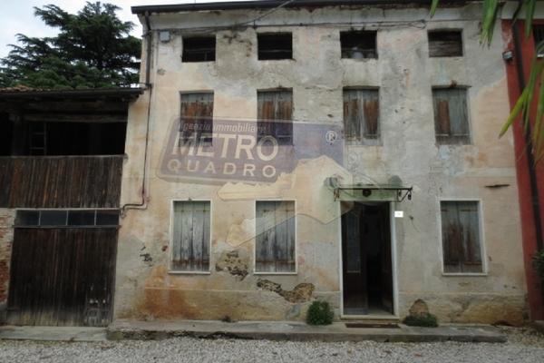 fronte rustico affiancato - RUSTICO FARA VICENTINO (VI)