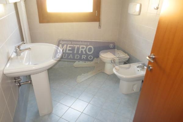 bagno con doccia - APPARTAMENTO THIENE (VI) CENTRO