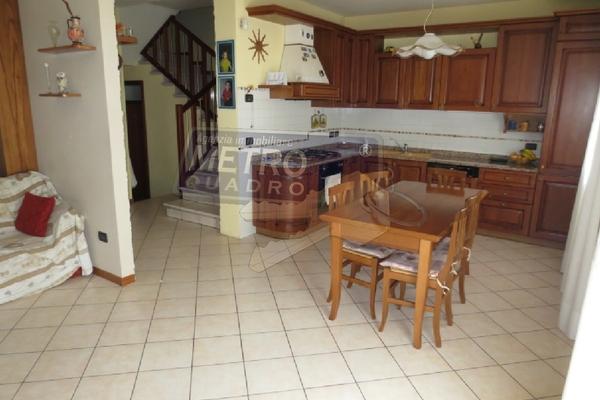 zona cucina-soggiorno - UNIFAM. AFFIANCATA SARCEDO (VI)