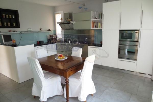 cucina abitabile - UNIFAM. AUTONOMA THIENE (VI)