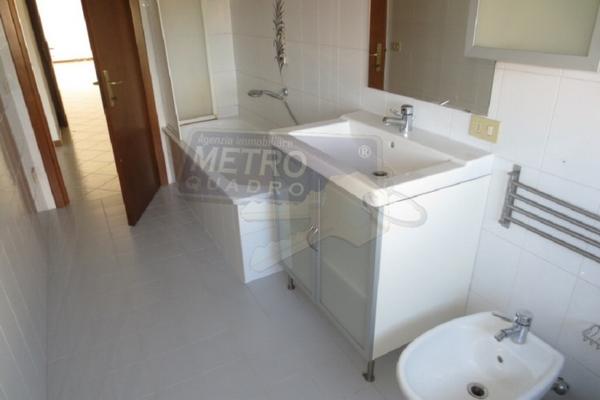 bagno con vasca - APPARTAMENTO ZUGLIANO (VI)