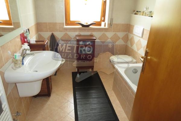 bagno con vasca - APPARTAMENTO CHIUPPANO (VI) CENTRO