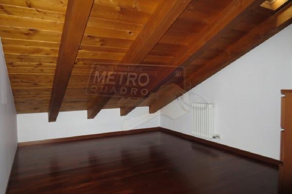 cabina armadio mansardata - APPARTAMENTO THIENE (VI)