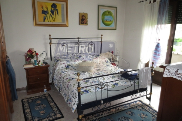 camera matrimoniale - UNIFAM. A SCHIERA CENTRALE LUGO DI VICENZA (VI)