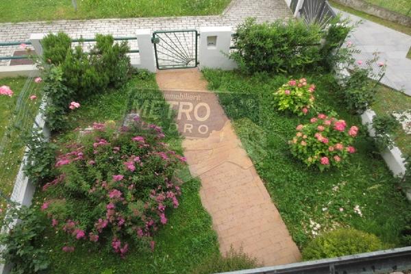 giardino visto dall'alto - UNIFAM. A SCHIERA CENTRALE LUGO DI VICENZA (VI)