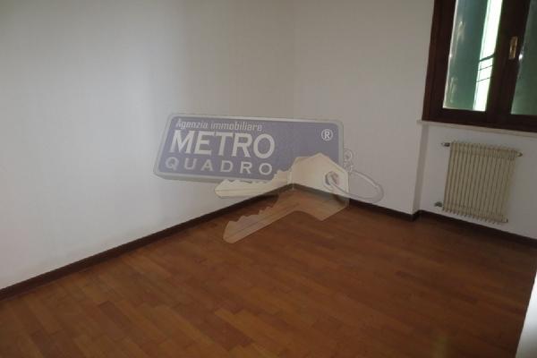 camera  - APPARTAMENTO CHIUPPANO (VI) CENTRO