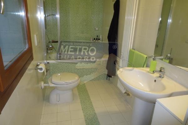 bagno con doccia - APPARTAMENTO MARANO VICENTINO (VI)