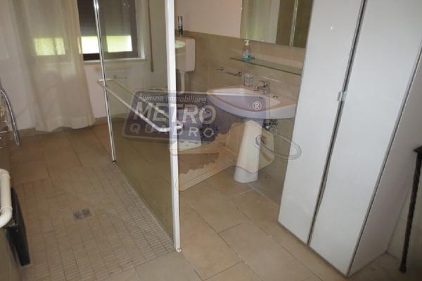 bagno con doccia - UNIFAM. AUTONOMA THIENE (VI) NORD