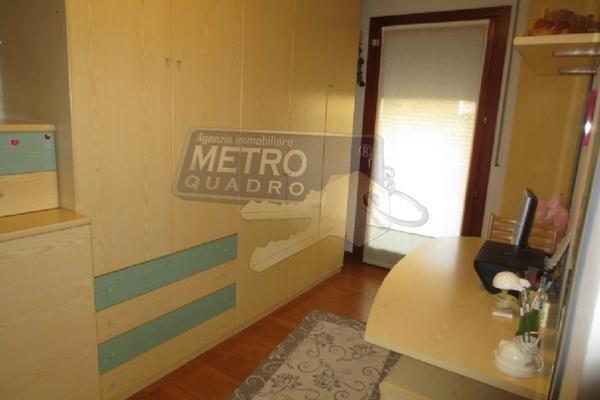 camera doppia con studio - APPARTAMENTO SARCEDO (VI)