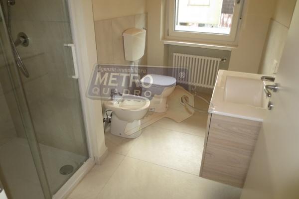 bagno con doccia - APPARTAMENTO COGOLLO DEL CENGIO (VI)