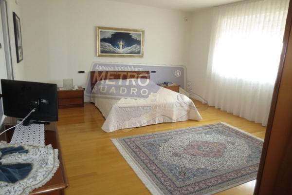 camera matrimoniale - UNIFAM. AUTONOMA THIENE (VI)