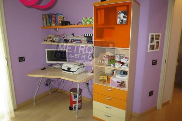camera con scrivania - UNIFAM. AFFIANCATA ZANè (VI)