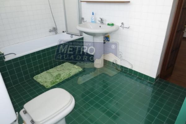 bagno con vasca - UNIFAM. AFFIANCATA THIENE (VI)