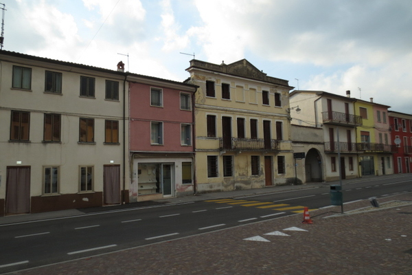 piazza fronte - RUSTICO CARRè (VI) PERIFERIA