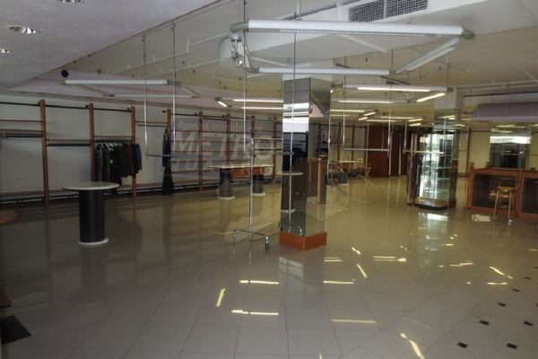 negozio 1 - NEGOZIO THIENE (VI)