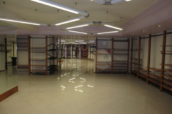 negozio 4 - NEGOZIO THIENE (VI)