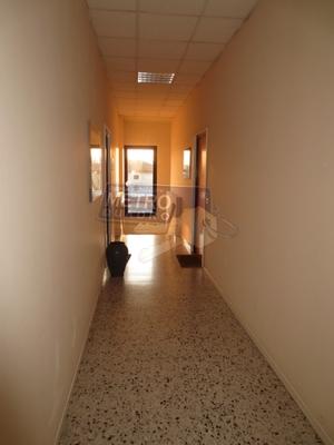 corridoio ingresso - UFFICIO ZANè (VI)