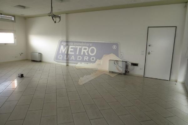 ingresso uffico b - UFFICIO THIENE (VI) CENTRO