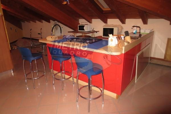 cucina mansarda2 - OPIFICIO COGOLLO DEL CENGIO (VI)